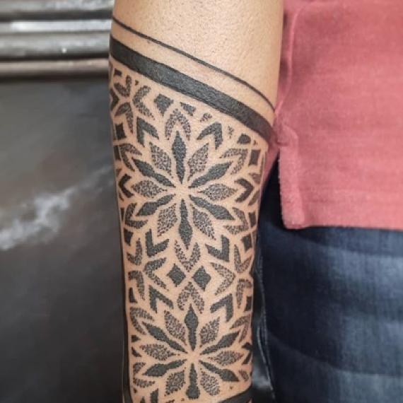 Tatuaje geométrico 11