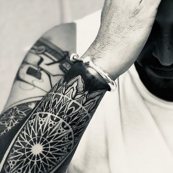 Tatuaje geométrico 61