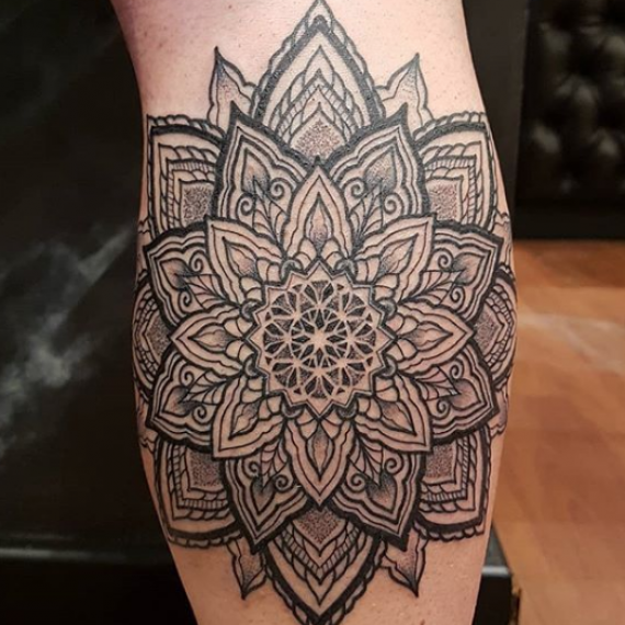 Tatuaje mandala 101