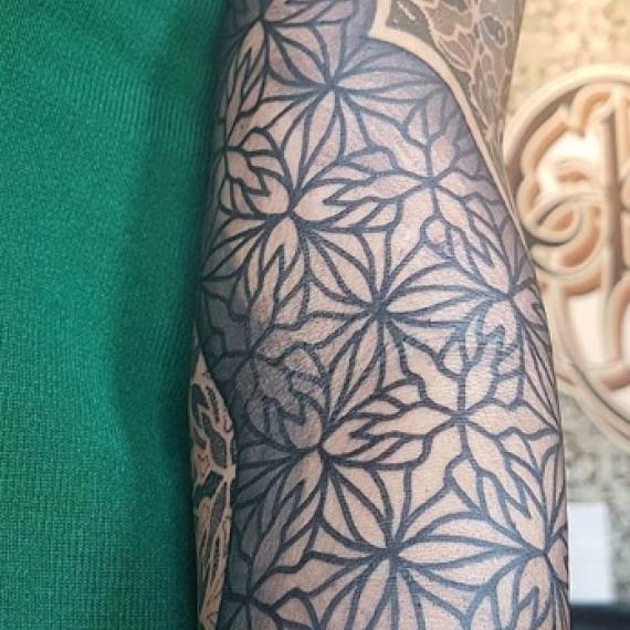Tatuaje patron geométrico1